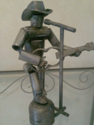 sculpture : le guitariste chanteur
